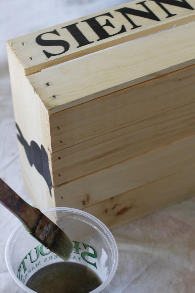 Make a Rustic Crate 4 (A Tutorial) via lilblueboo.com