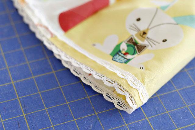 The Dishtowel Skirt 8 (A Tutorial) via lilblueboo.com