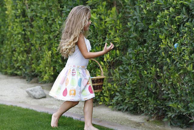 The Dishtowel Skirt 2 (A Tutorial) via lilblueboo.com
