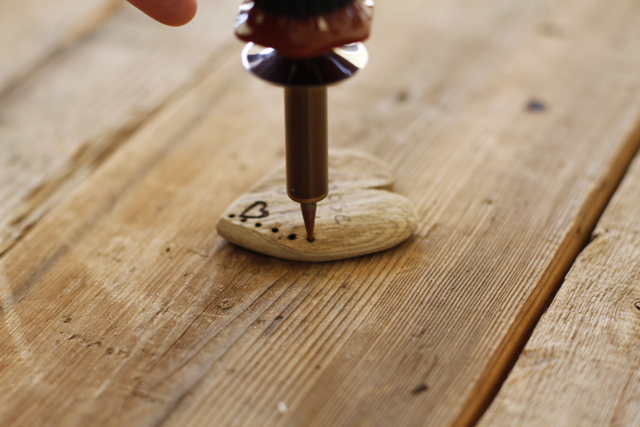Woodburning 101 - DIY Tutorial 10 via lilblueboo.com