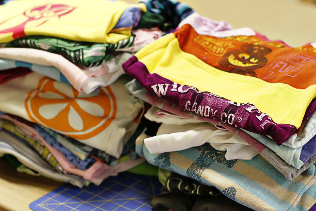 How to make a memory quilt from baby blankets, clothes and t-shirts. DIY tutorial 3 via lilblueboo.com