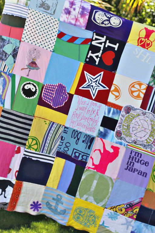 How to make a memory quilt from baby blankets, clothes and t-shirts. DIY tutorial 2 via lilblueboo.com