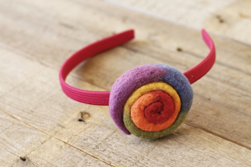 Felted Pinwheel Accessories Tutorial process 13 via lilblueboo.com