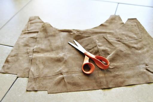 DIY Suede Fringe Bag (step 3) via lilblueboo.com