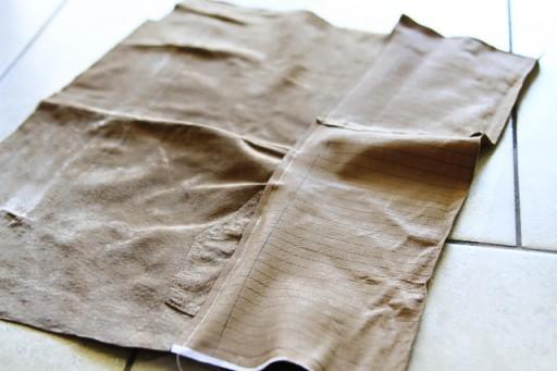 DIY Suede Fringe Bag (sewing the fringe) via lilblueboo.com