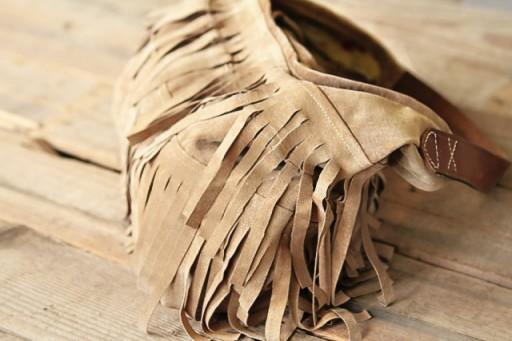 Finished DIY j.j. winters inspired Fringe Handbag via lilblueboo.com