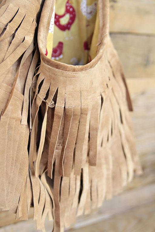 DIY Tutorial j.j. winters inspired Suede Fringe Handbag via lilblueboo.com