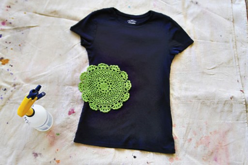 How to Stencil with Bleach (and a doily) via lilblueboo.com