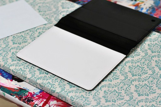 How to Make a DIY Instagram iPad Cover (step 3) via lilblueboo.com