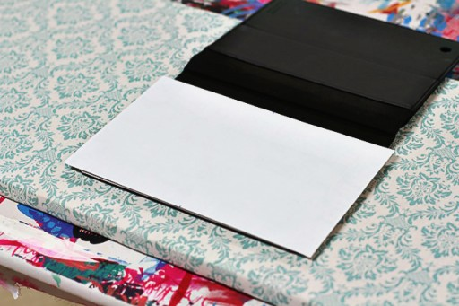 How to Make a DIY Instagram iPad Cover (step 3) via lilblueboo.com