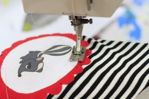 Sewing DIY Applique via lilblueboo.com