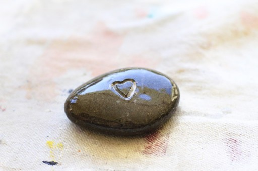 DIY Carved Rock / Pebble via lilblueboo.com