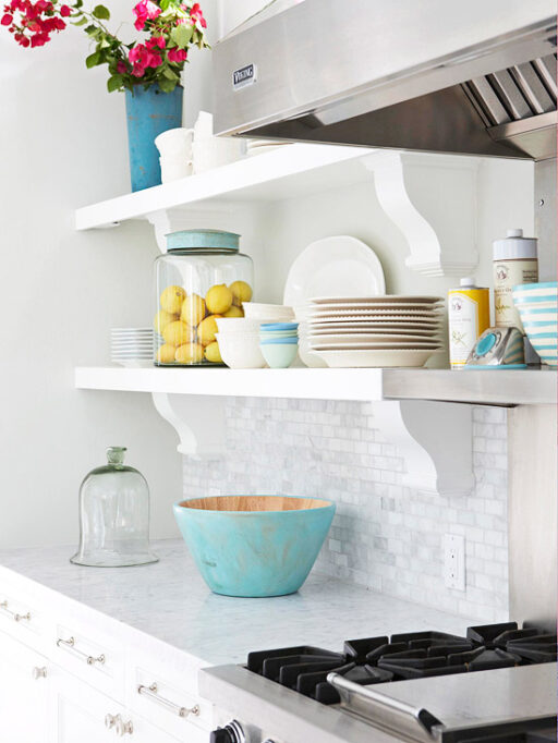 Budget friendly home renovation ideas: Open shelving in kitchen via lilblueboo.com