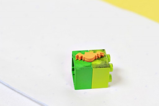 Legos as stamp holders via lilblueboo.com