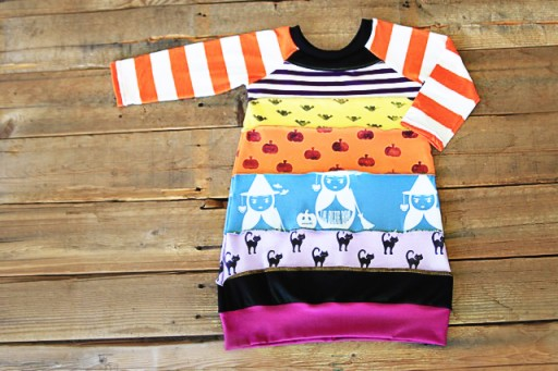 How to make an upcycled t-shirt dress via lilblueboo.com