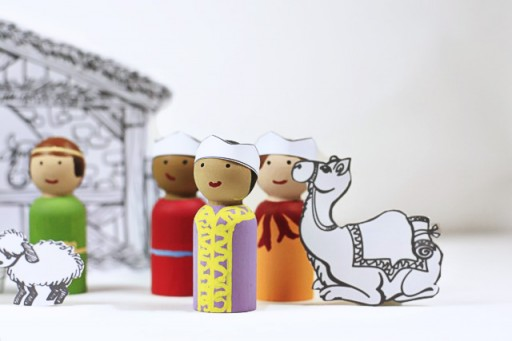 Three Wise Men Peg Doll Set tutorial with PDF download via lilblueboo.com