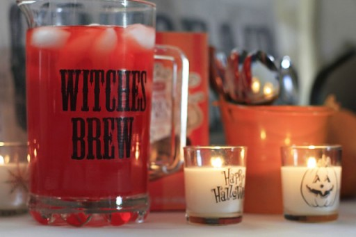 DIY Party Decor Ideas - Glass Labels via lilblueboo.com