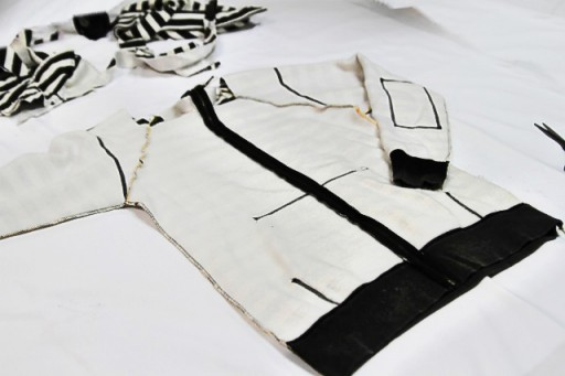 Making a fitted sweatshirt from old sweatshirt via lilblueboo.com