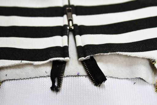 How to sew the zipper tutorial via lilblueboo.com