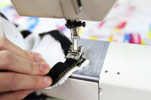 How to alter or reattach with a zipper via lilblueboo.com