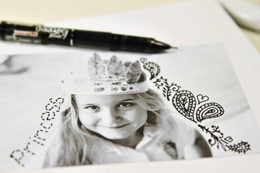 Art Journal Doodling via lilblueboo.com #artjournaling #scrapbooking #theliljournalproject