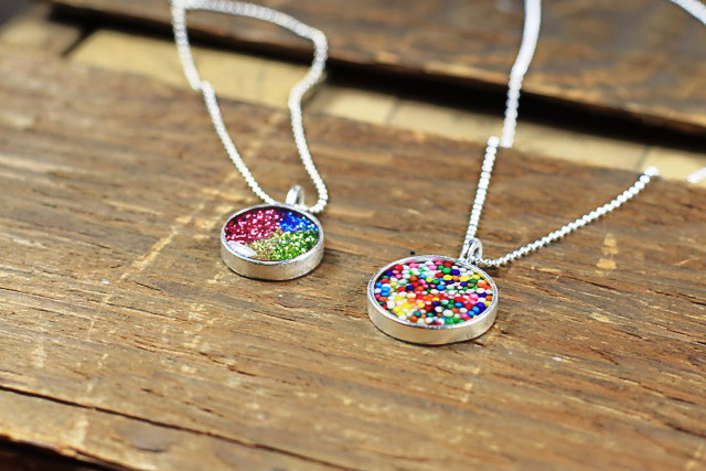 How to make resin pendants mozeypictures Choice Image