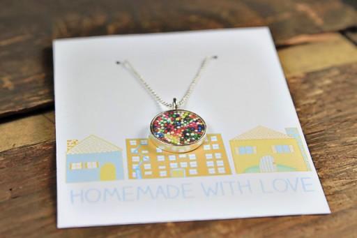 Where to buy resin jewelry supplies via lilblueboo.com
