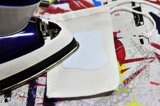 Iron on transfer paper for treat bags via lilblueboo.com