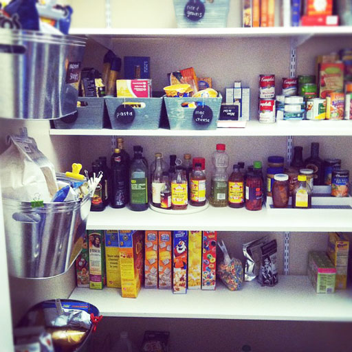 Organizing the Pantry via lilblueboo.com