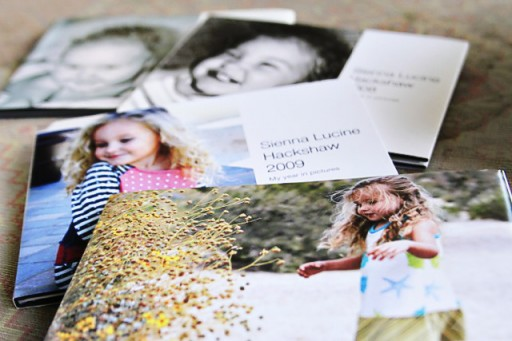 How to organize digital photos for photo books via lilblueboo.com