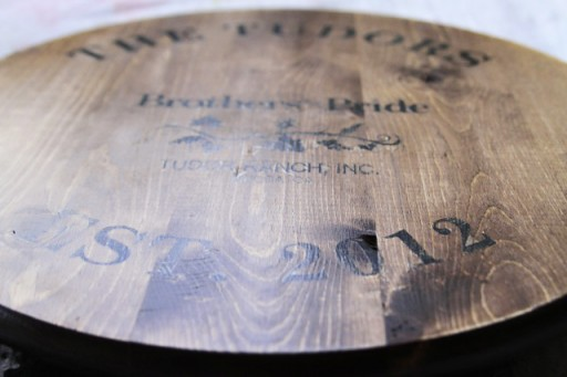 How to make a wine barrel inspired tray via lilblueboo.com