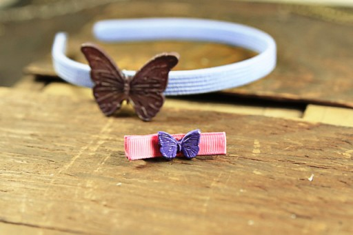 Make hair accessories with cabochons via lilblueboo.com