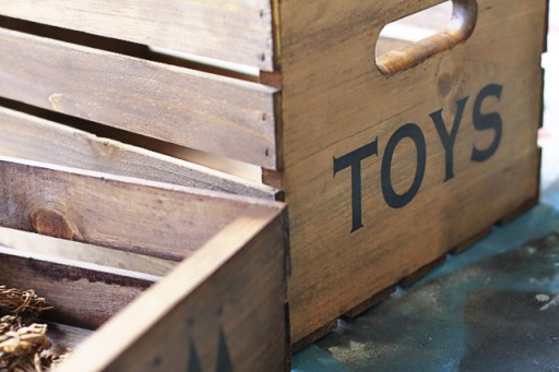 DIY Toy Crate to hold small presents under the Christmas Tree via lilblueboo.com