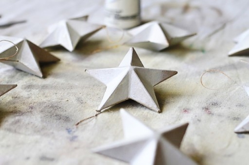 DIY rustic star ornaments via lilblueboo.com
