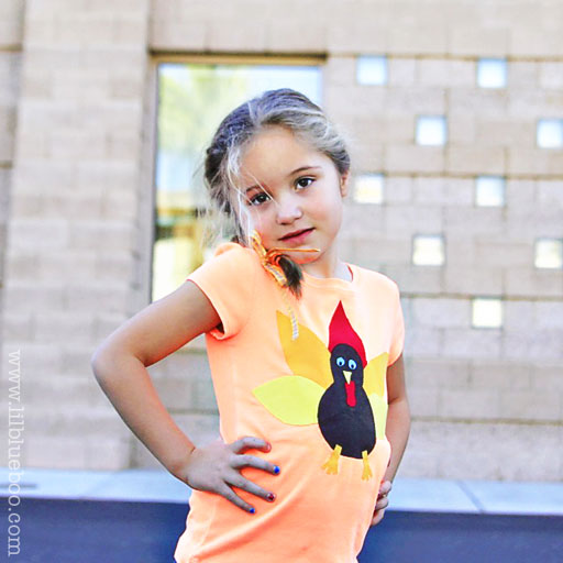 How to make a NO SEW turkey shirt (free applique download) via lilblueboo.com #thanksgiving