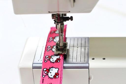 How to sew ribbon belt via lilblueboo.com