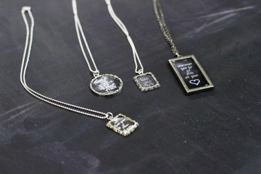 Makes a great gift: How to Make Chalkboard Necklaces (with Chalkboard Download) via lilblueboo.com