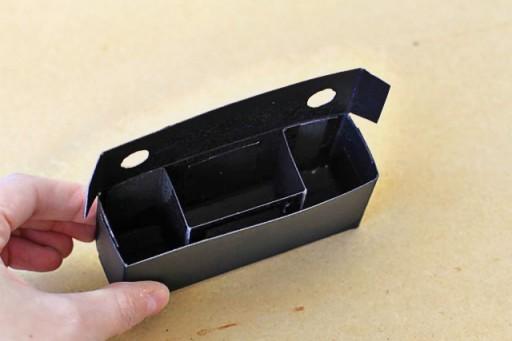 make a pinhole camera at home via lilblueboo.com