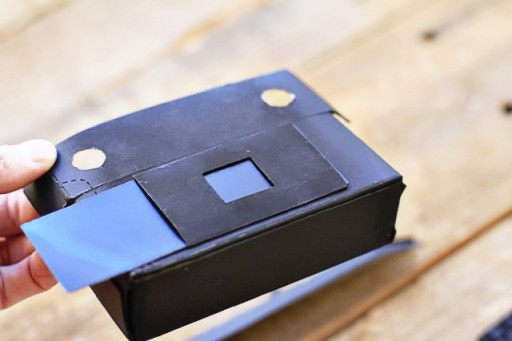 how to make a shutter for a pinhole camera via lilblueboo.com