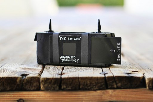 Make a pinhole camera via lilblueboo.com