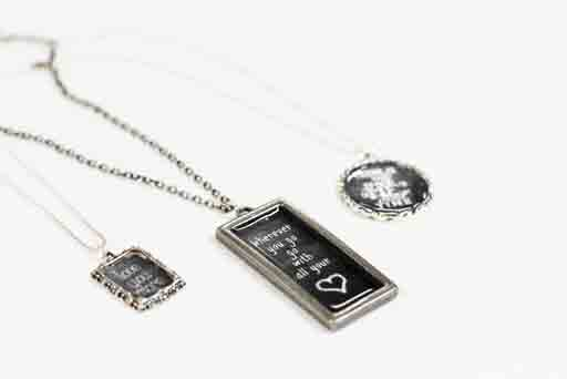 Valentine's Day Gift Idea: How to Make Chalkboard Necklaces (with Chalkboard Download) via lilblueboo.com