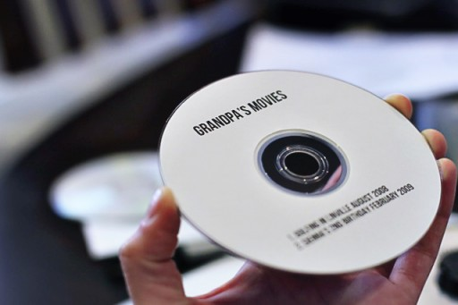 how to make a CD or DVD label on a Mac via lilblueboo.com