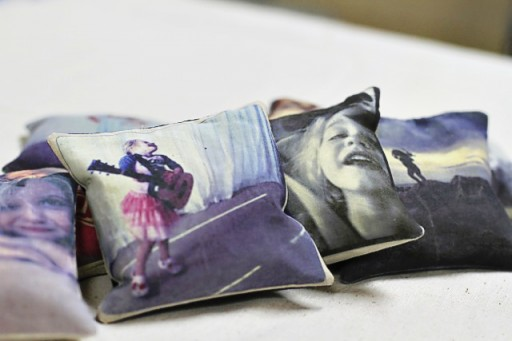 DIY Photo Throw Pillows via lilblueboo.com