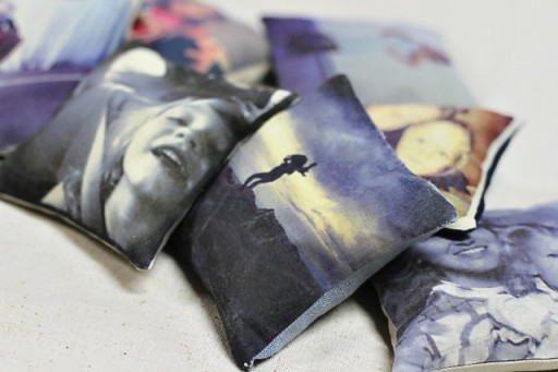 how to make a picture pillow via lilblueboo.com