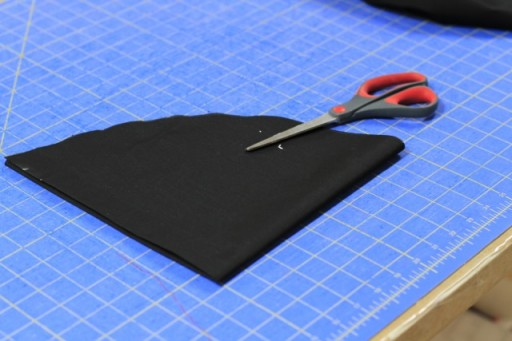 How to cut a fabric circle step 3 via lilblueboo.com