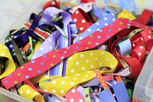 Project ideas for ribbon scraps via lilblueboo.com