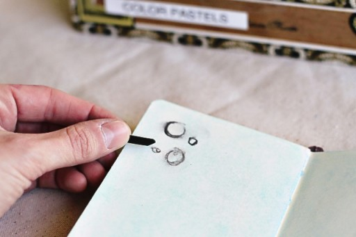 Keep Charcoal from smudging in art journal via lilblueboo.com #diy #crafts #tutorial #artjournal