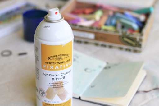 Using Fixative in journal via lilblueboo.com #diy #crafts #tutorial #artjournal