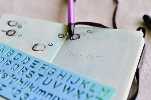 Using Stencils in art journal via lilblueboo.com #diy #crafts #tutorial #artjournal