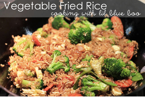 Quick and Easy Vegetable Fried Rice via lilblueboo.com
